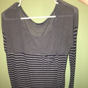 Stripe long sleeve scoopneck
